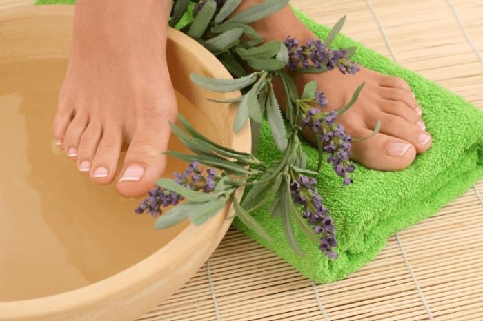 ванночка для ухода за кожей ног