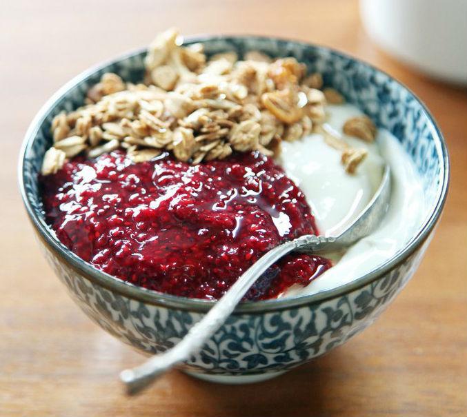 рецепт быстрого завтрака с греческим йогуртом