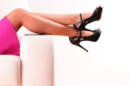 ножки для привлечения внимания мужчины