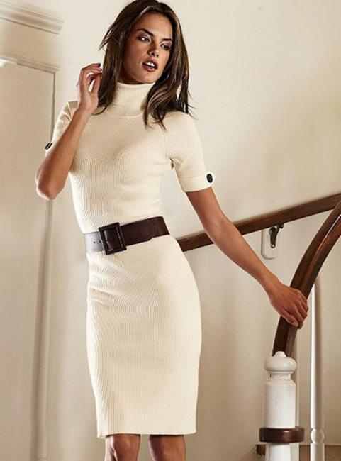 как носить шерстяное платье с короткими рукавами