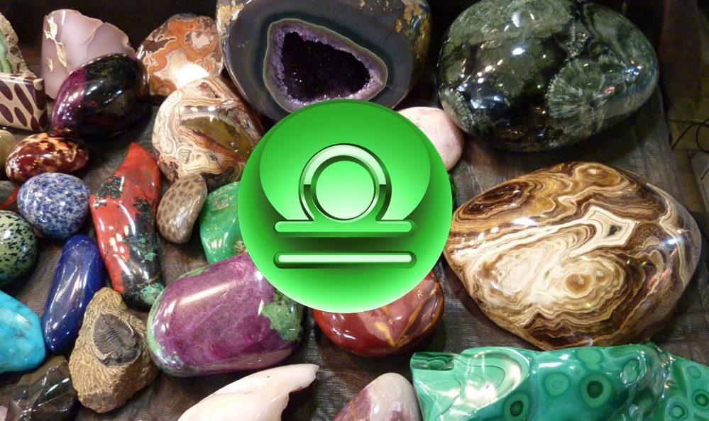 Камни для женщин-весов: какой камень подходил лучше всего