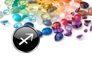 Топаз и гранат — два самых полезных камня для Стрельцов